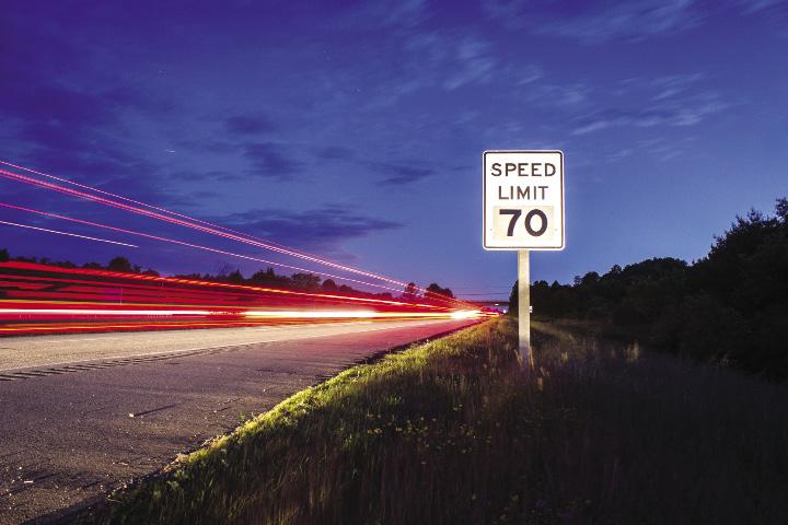 DEE1408NxE_Speed_opt