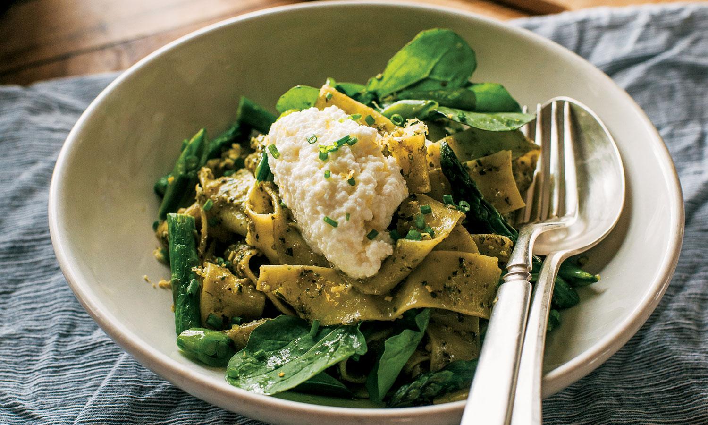 Pappardelle with Arugula Walnut Pesto Recipe