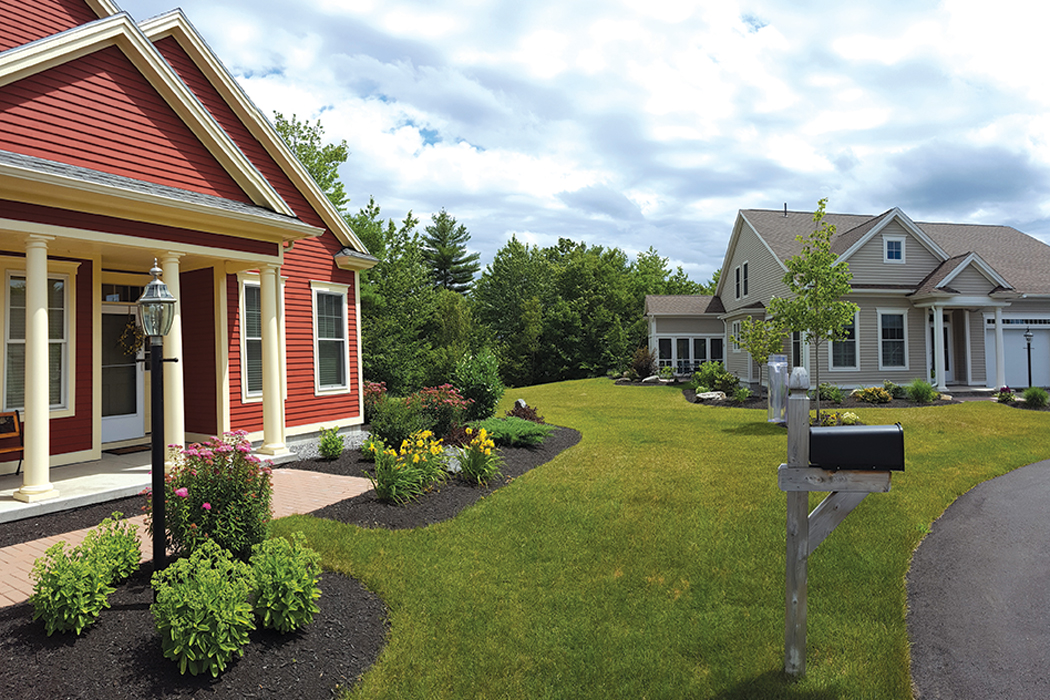 Highland Green front yard