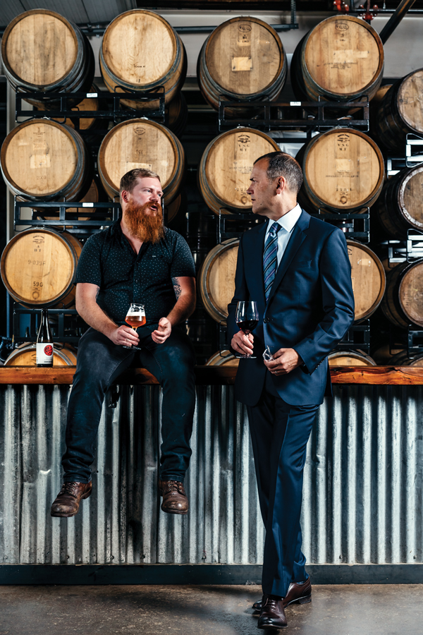 Scott Tyree, Jack van Paepeghem, experts de la bière et du vin dans le Maine
