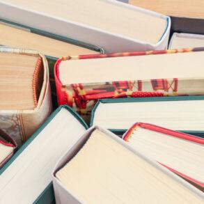 Books, Pexels: Dom J