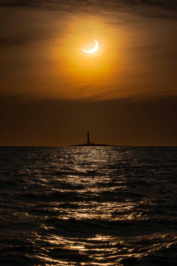 Boon Island Eclipse, by Jamie Walter